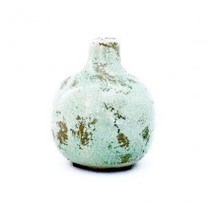 petit-vase-vintage-vert-simple-decoration-mamaisondartistes-insolite-paris