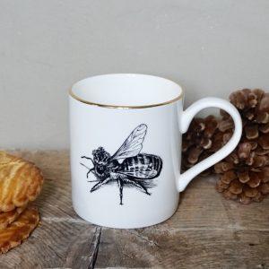ug-tasse-abeille-porcelaine-rory-dobner-decoration-art-artiste