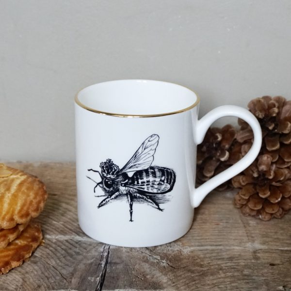 ug-tasse-abeille-porcelaine-rory-dobner-decoration-art-artiste